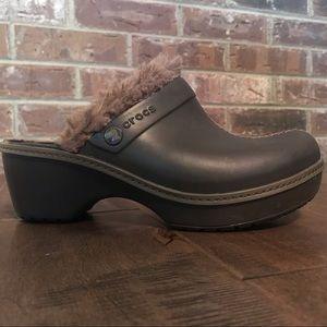 Crocs Cobbler Fuzz-lined Clog Size 6
